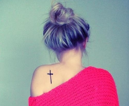 Adorable Cross Tattoo On The Back Amazing Tattoo Ideas