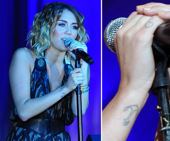 Miley Cyrus anchor tattoo on the wrist