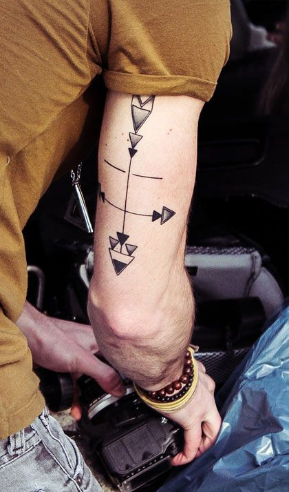 arrows-arm-tattoo