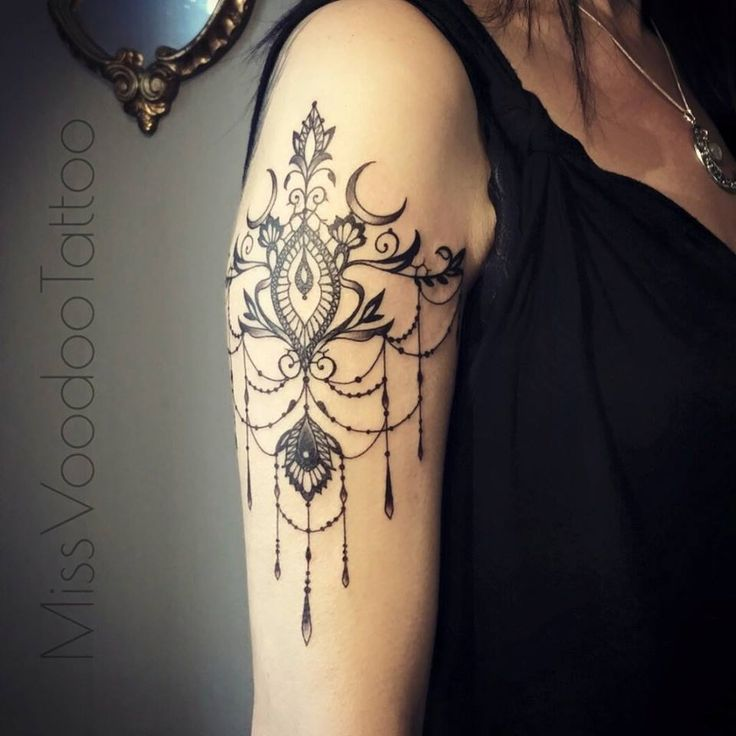 40 Cool And Pretty Sleeve Tattoo Designs For Women: 40 Beautiful Arm Tattoo Designs For Women