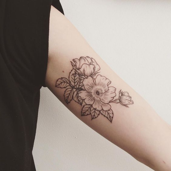 30 admirable bicep tattoo designs amazing tattoo ideas for Small bicep tattoos