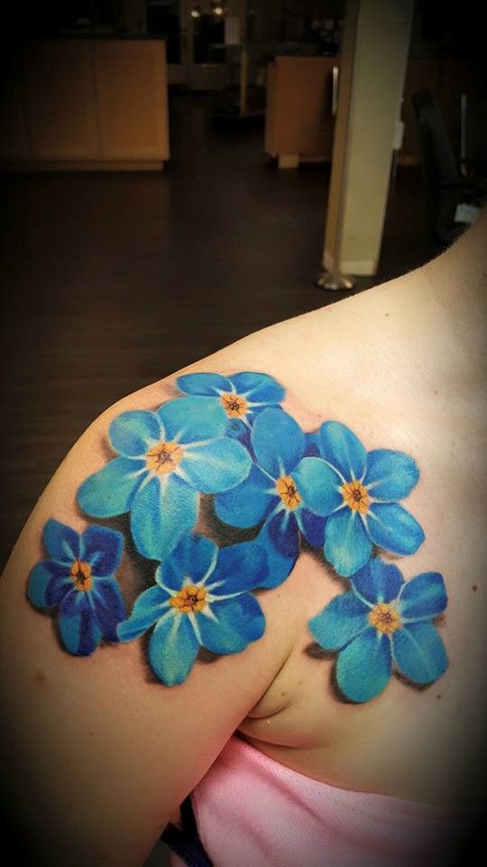 3D Blue Flowers Shoulder Tattoo
