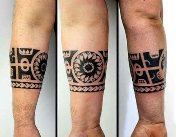 Tribal Themed Armband Tattoo