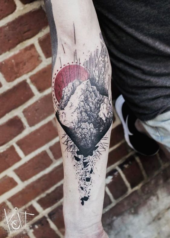 9d7580642 40 Phenomenal Graphic Tattoos | Amazing Tattoo Ideas
