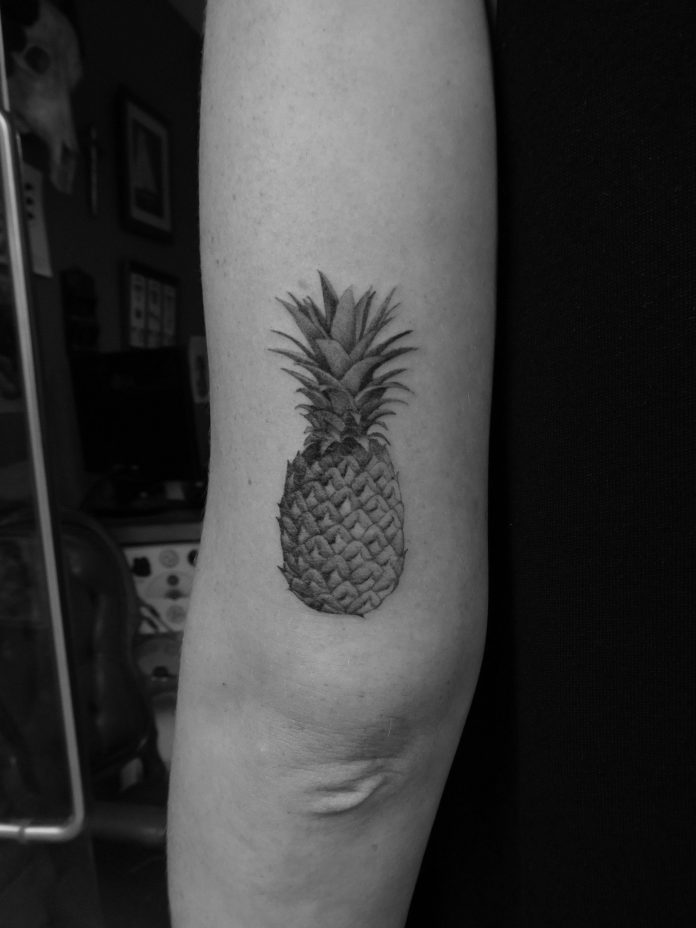 Singles Needle Pineapple Tattoo