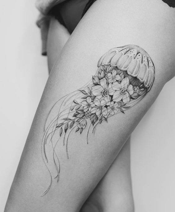 Chic Jellyfish Thigh Tattoo